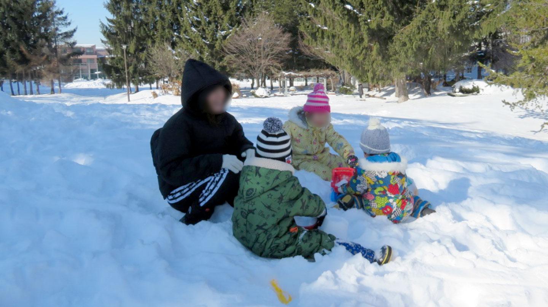 雪遊びもたくさんします。